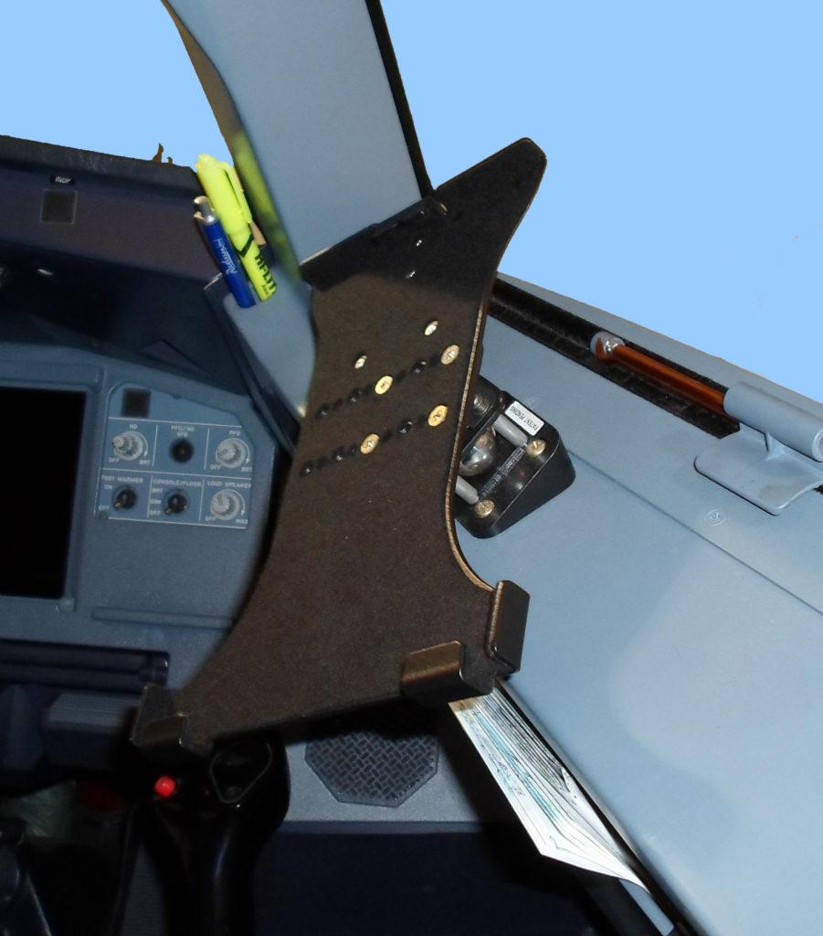 Airbus 319 iPad Cradle with Wedge cfMount